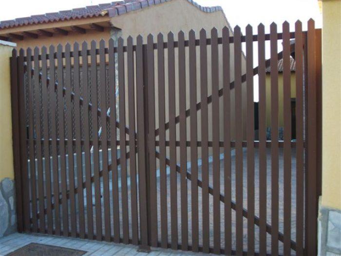 Puertas Residenciales Paseo del Arrabal 3
