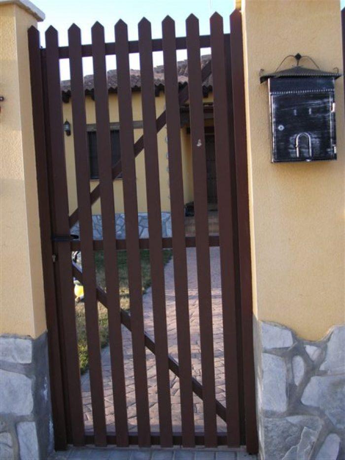 Puertas Residenciales Paseo del Arrabal 2