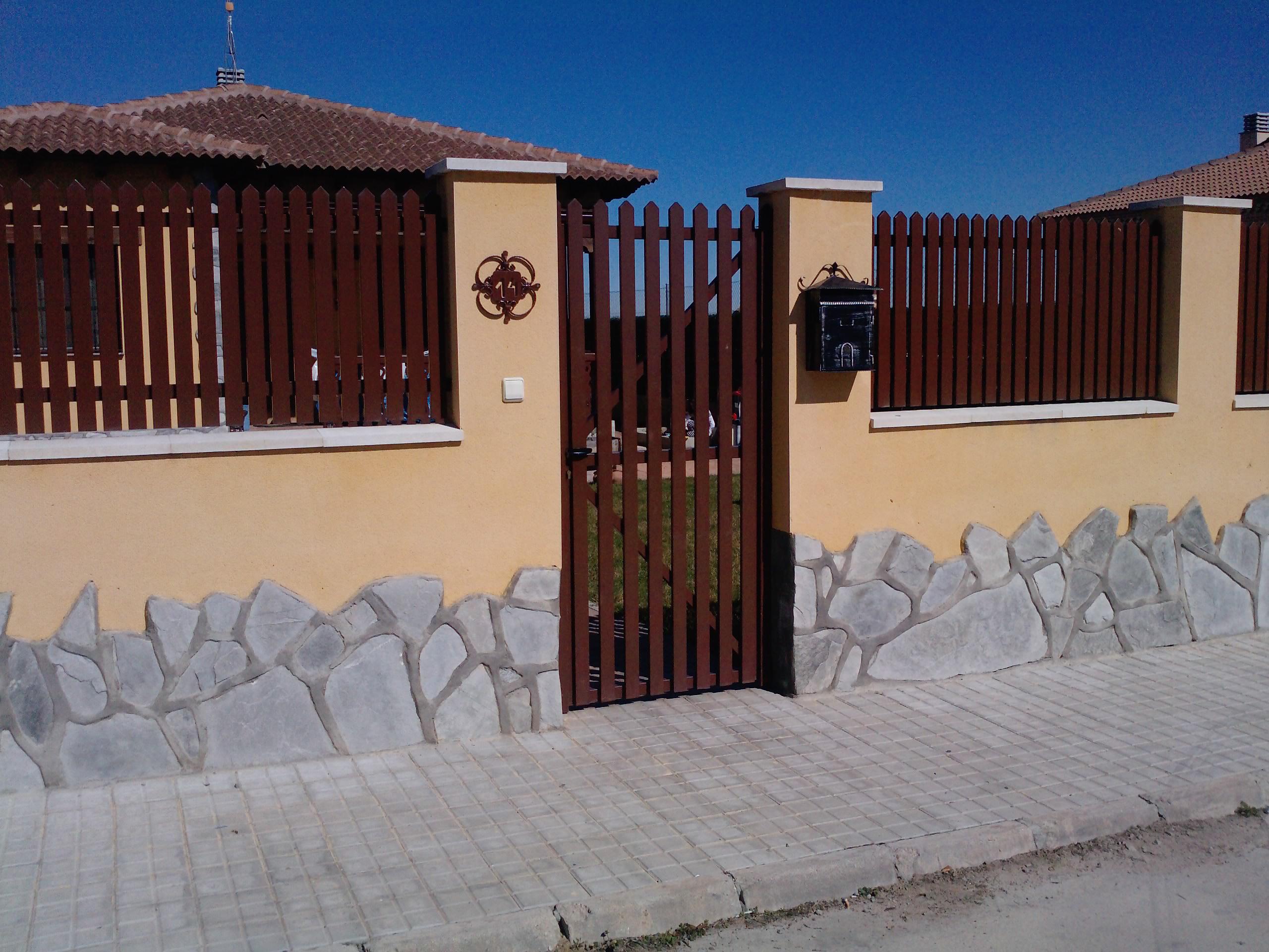 Puertas Residenciales Paseo del Arrabal